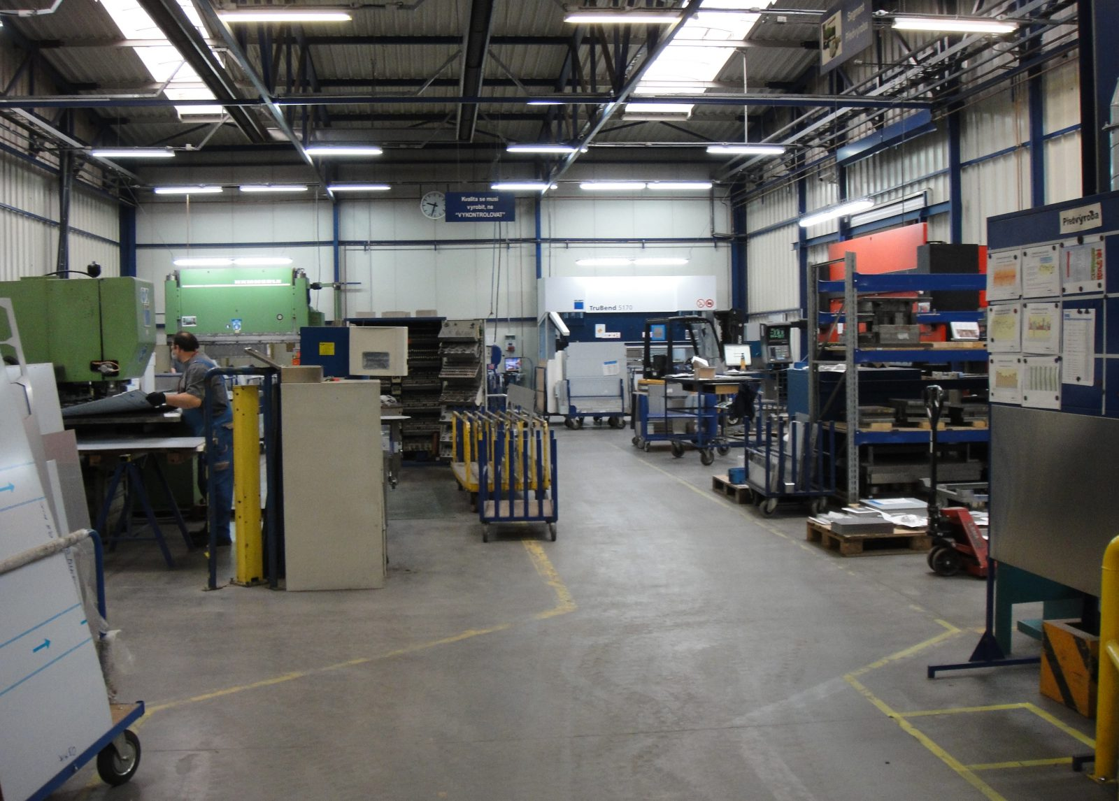 Blanco Fabrik Innenansicht - Bild 1