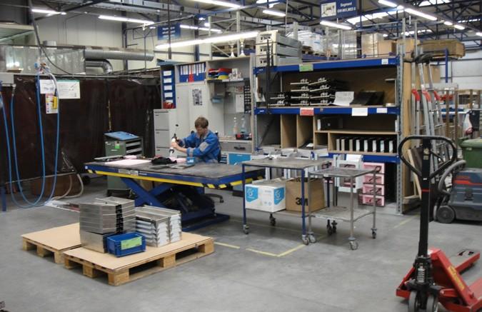 Blanco Fabrik Innenansicht - Bild 3